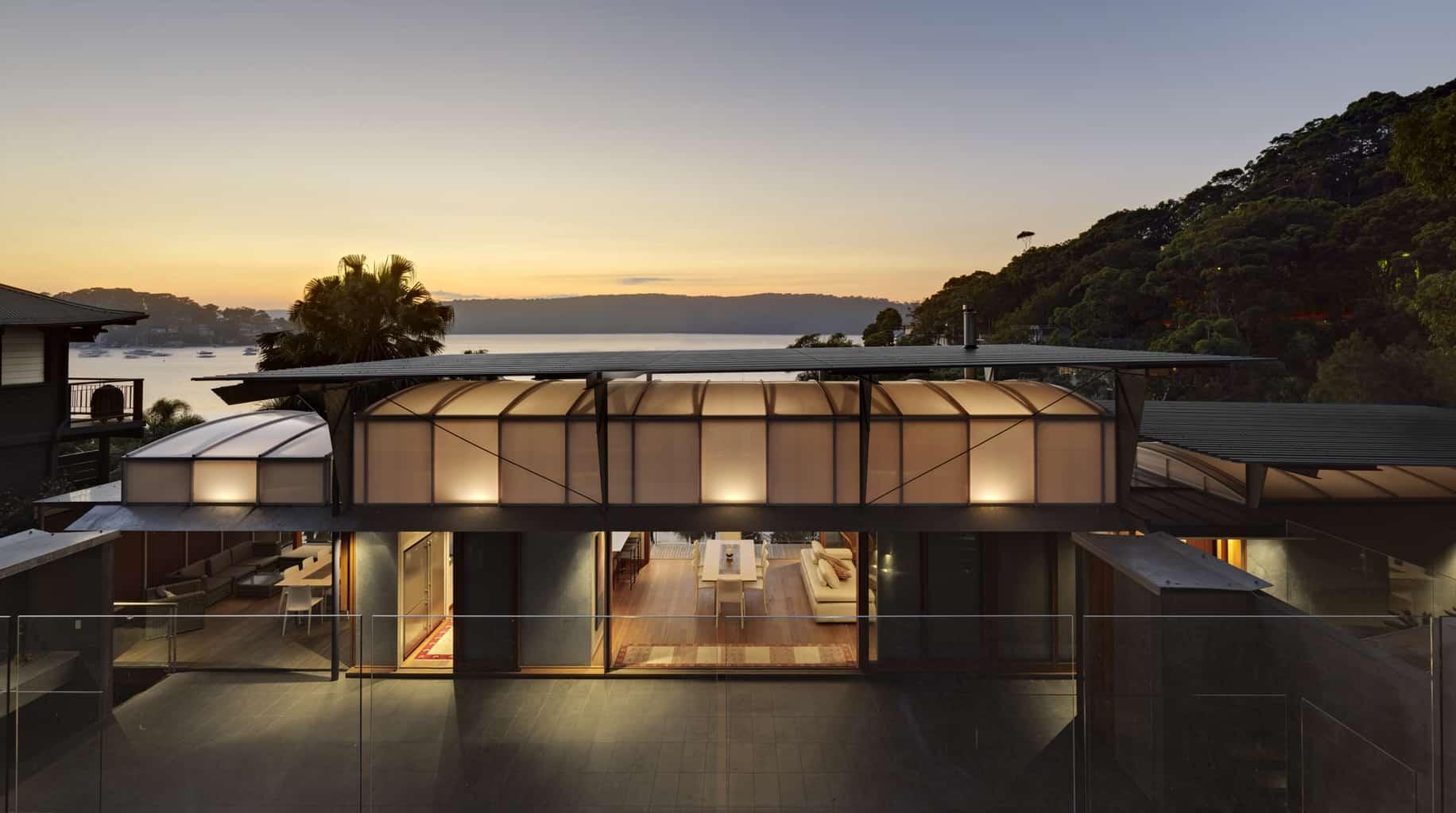 2012 House Awards: Cliff face house