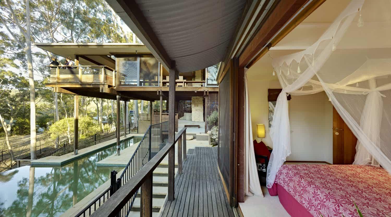 2 cottage point bedroom deck