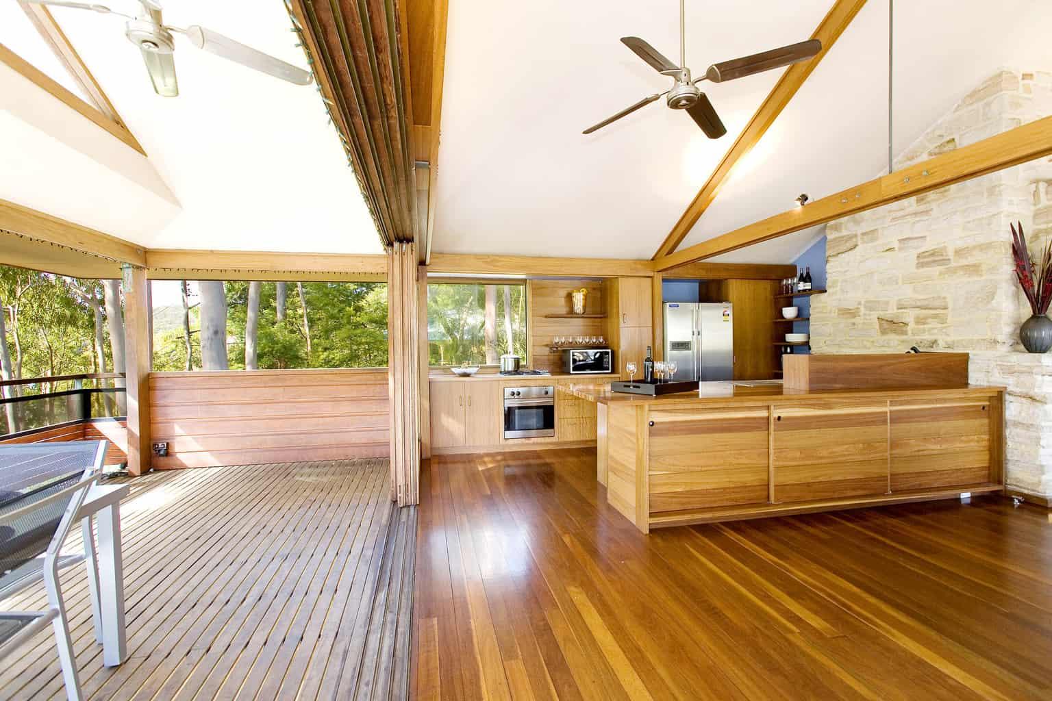 2 cottage point kitchen