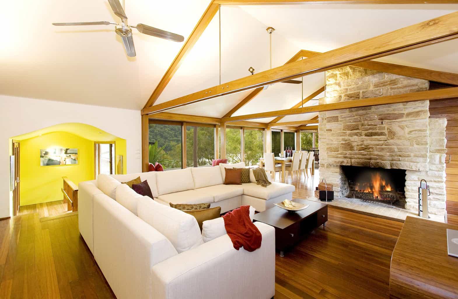 2 cottage point living room
