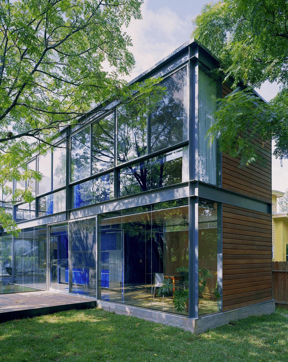 Moorish and Asian fusion for pavilion architecture