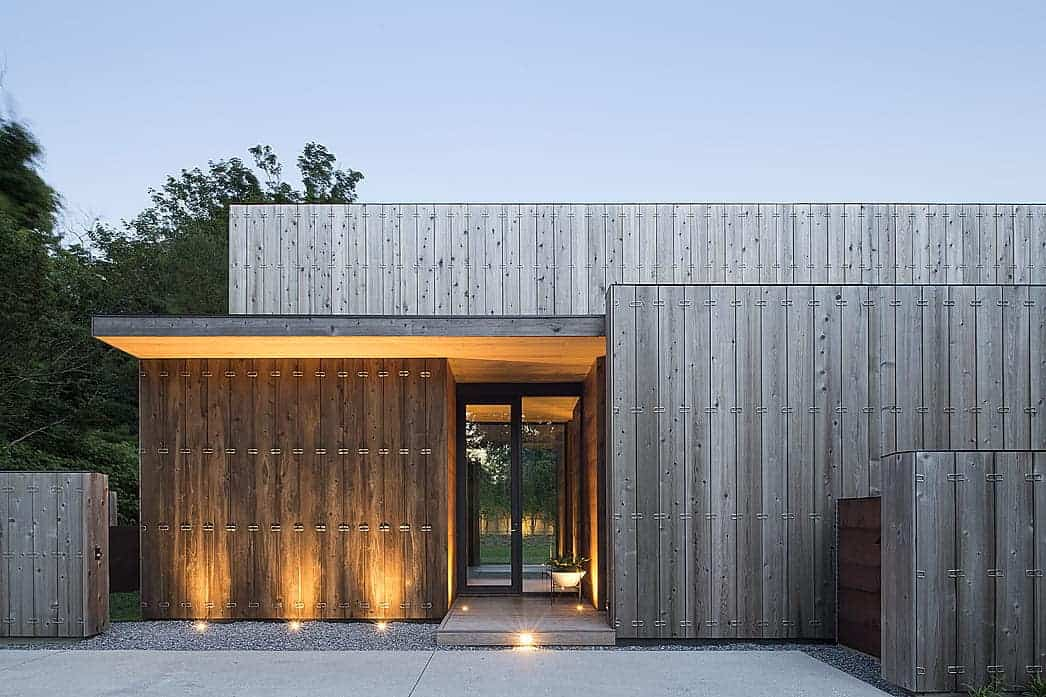 Highly insulated timber-clad home in New York