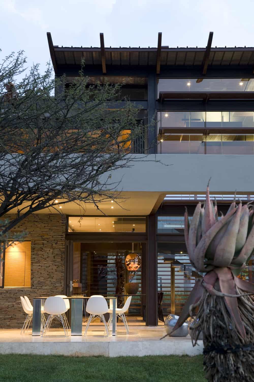 serengeti designed by rudolph van der meulen 135